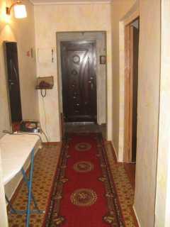 Бердянск. 3-х комнатная квартира возле ж/д вокзала  фото