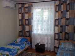 Отдельная часть дома со всеми удобствами. фото