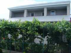 Сдам двухэтажный гостевой дом. фото